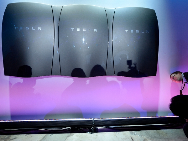 """How Tesla mastered (and is changing) consumer behavior, and why """"just building us a lot of cars"""" is the exact opposite of what they should do"""